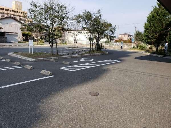 【駐車場】大型車ご利用の場合はご連絡いただけると助かります。
