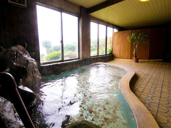 ◆女湯◆明るい日が差し込む広々とした大浴場で、ゆったりリラックス★