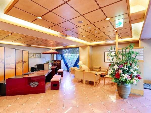 ◆足を踏み入れたらそこは京都♪雅感じるロビーで和服女性スタッフがお待ちしております。