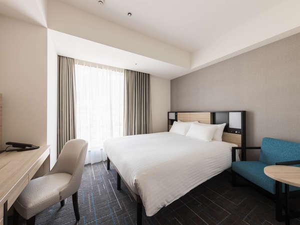 【客室】スーペリアダブル・部屋広さ…18㎡・宿泊人数…1~2名・ベッド幅…160cm ※画像はイメージです。