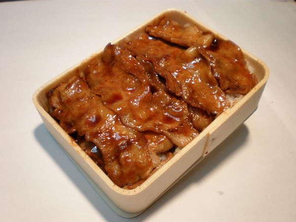 両替町名物・豚あみ焼き弁当をぜひご賞味ください!!