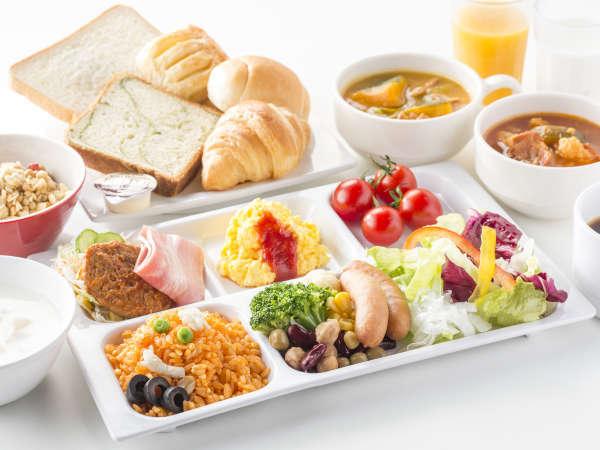 【朝食ビュッフェ】朝の元気チャージは種類豊富なサラダバーと具だくさんスープで!