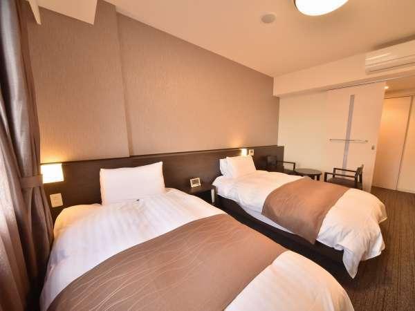 【ツインルーム】 サータ社製 2ベッド(120×195cm) 定員1~2名様