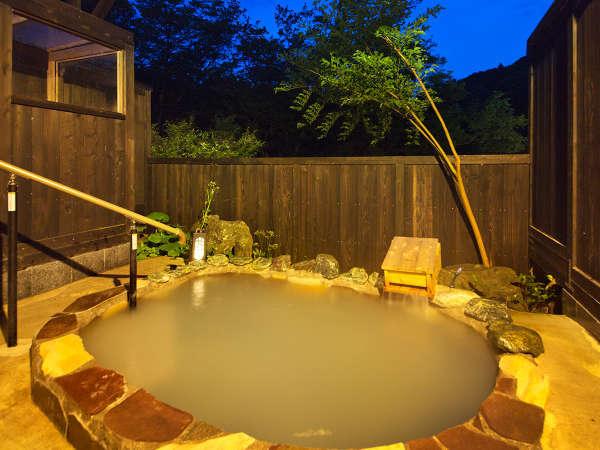 ■貸切-露天風呂-■大自然に囲まれながらプライベートな空間をお過ごしいただけます♪