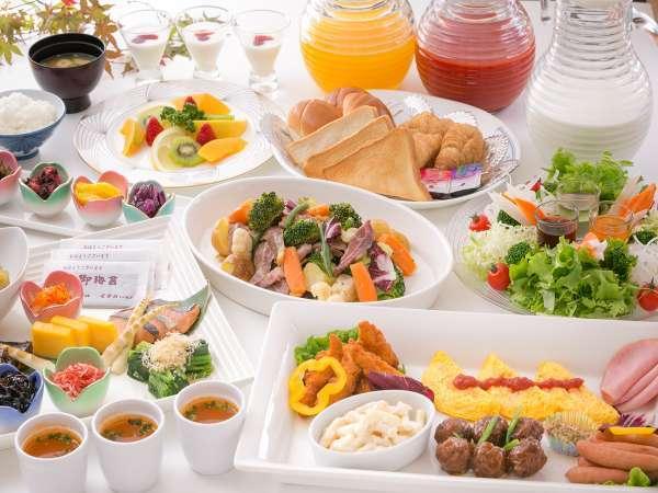 当ホテル自慢の手作り朝食です。ホカホカをお召し上がりください。