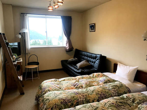 2階ベッドタイプ客室例