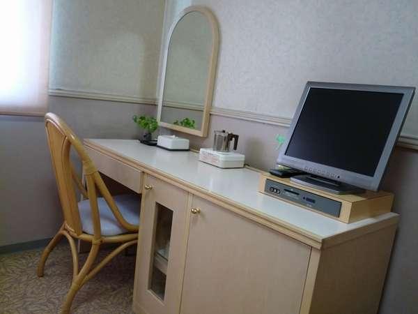 ノートパソコンをお持ちでしたら全客室内より「インターネット」無料利用可♪LANケーブルフロント貸出可