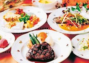 洋食フルコースディナーは驚きのボリューム