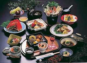 食事は海の幸をふんだんに使った和食