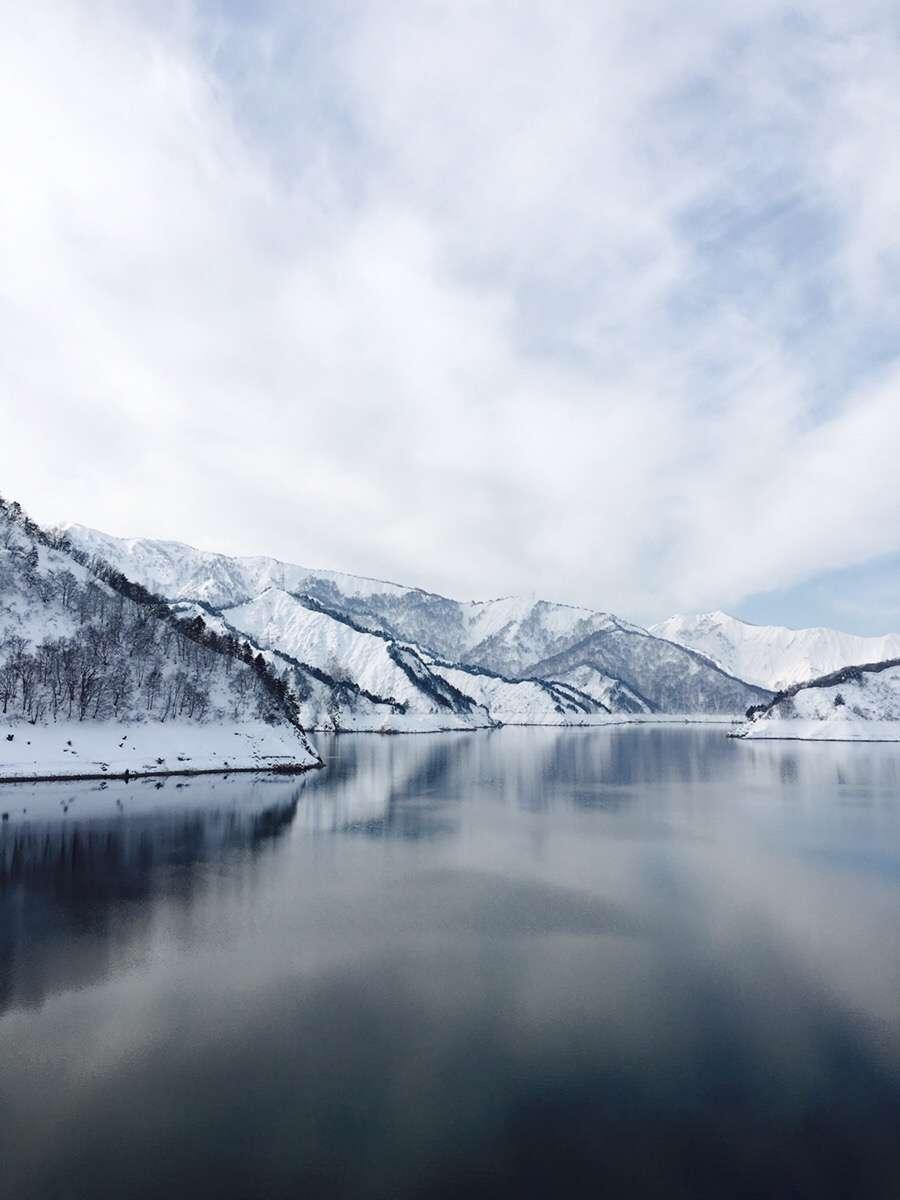 冬の田子倉湖(只見町観光まちづくり協会のツアーで見ることができます。月2回開催)