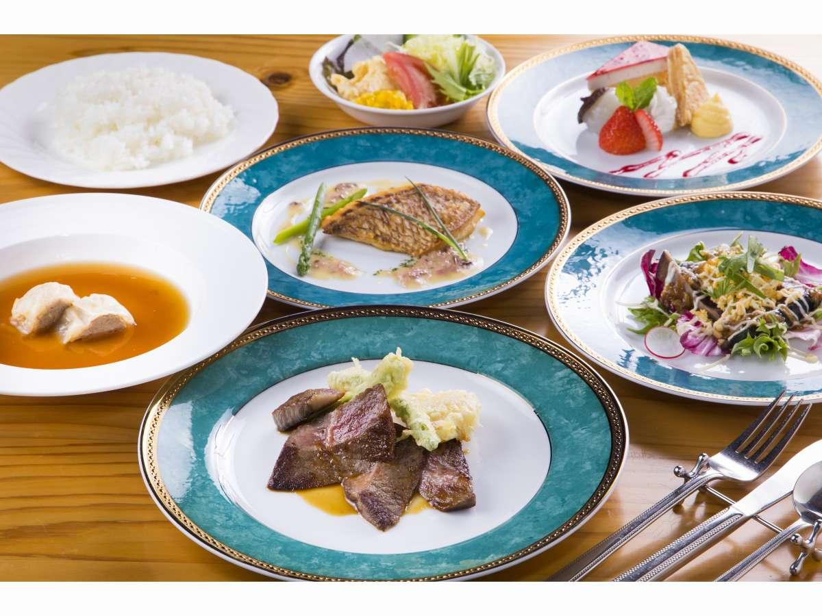 旬な食材を使用したシェフ特製コース料理