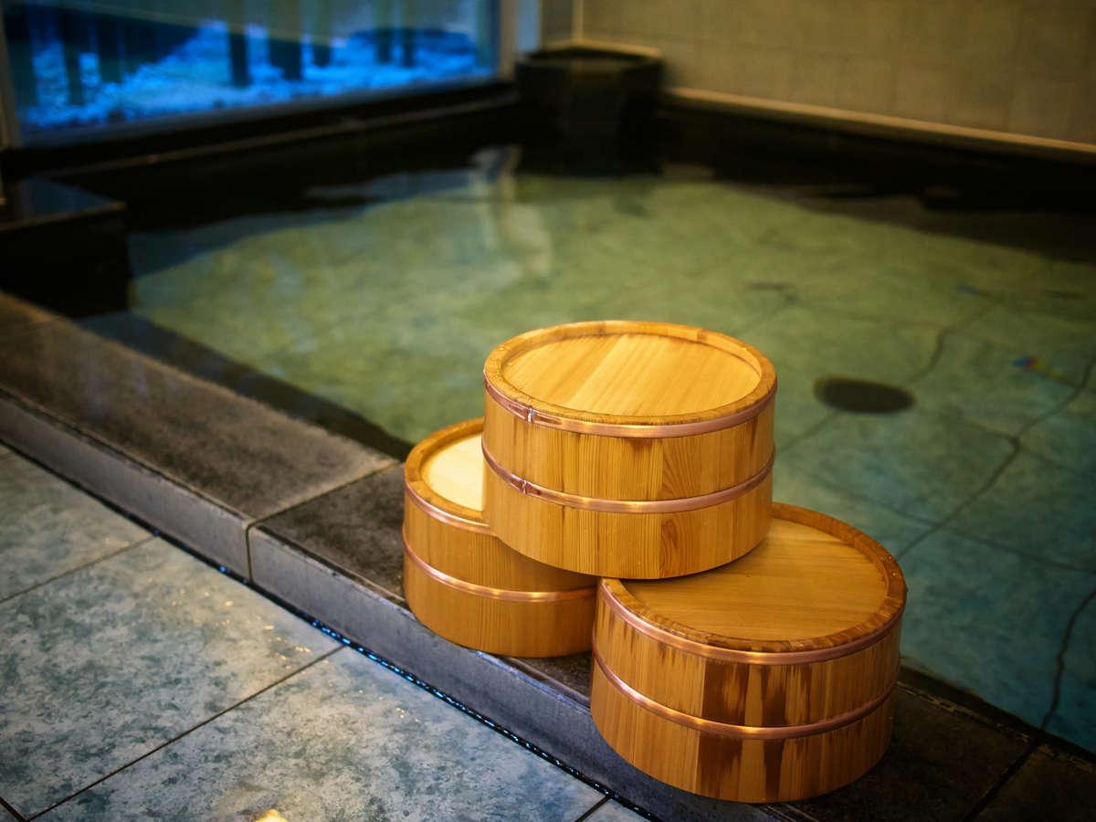 【天然温泉 三社の湯】午後3時~翌朝9時迄ご入浴可能:男女別 *源泉名:熊ノ沢