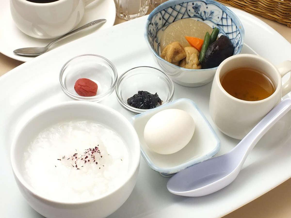 【有料】ご朝食は3種類から選べます!(写真はモーニングプレートA 600円)