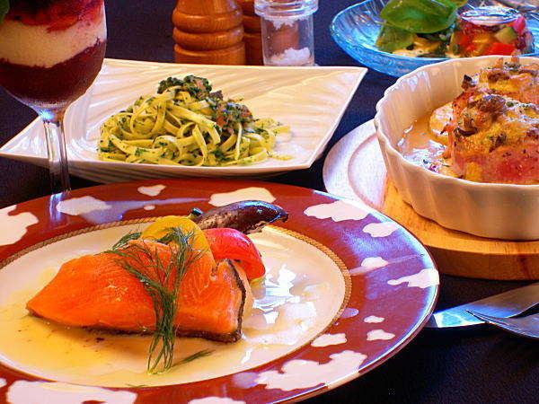 信州サーモン、白馬アルプスポークを使ったディナー、特に苺と蜂蜜ゼリーのアチェトは初体験の味!