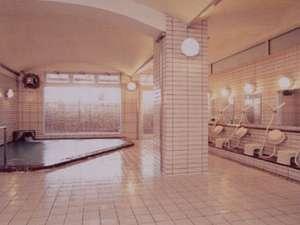 新潟の中心地で本格的な温泉気分を満喫できる大浴場