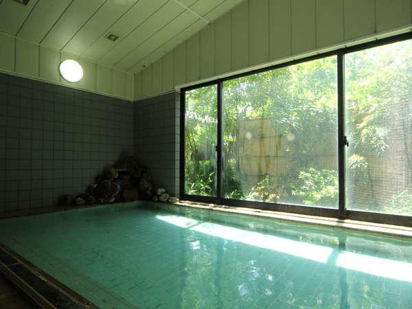 *こんこんと湧き出る湯は100%天然温泉です!*
