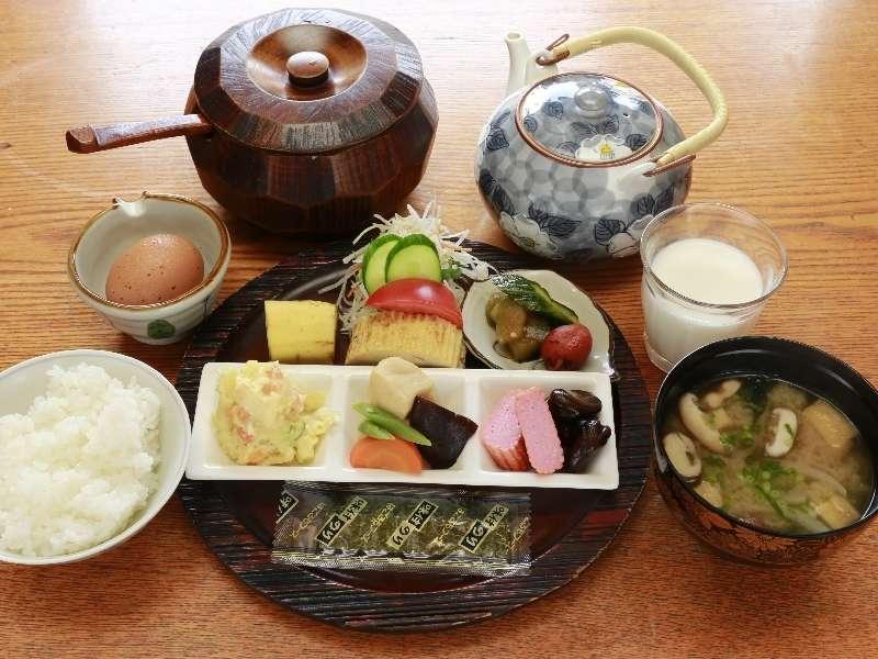 【和風朝食】香川の田舎の朝食です