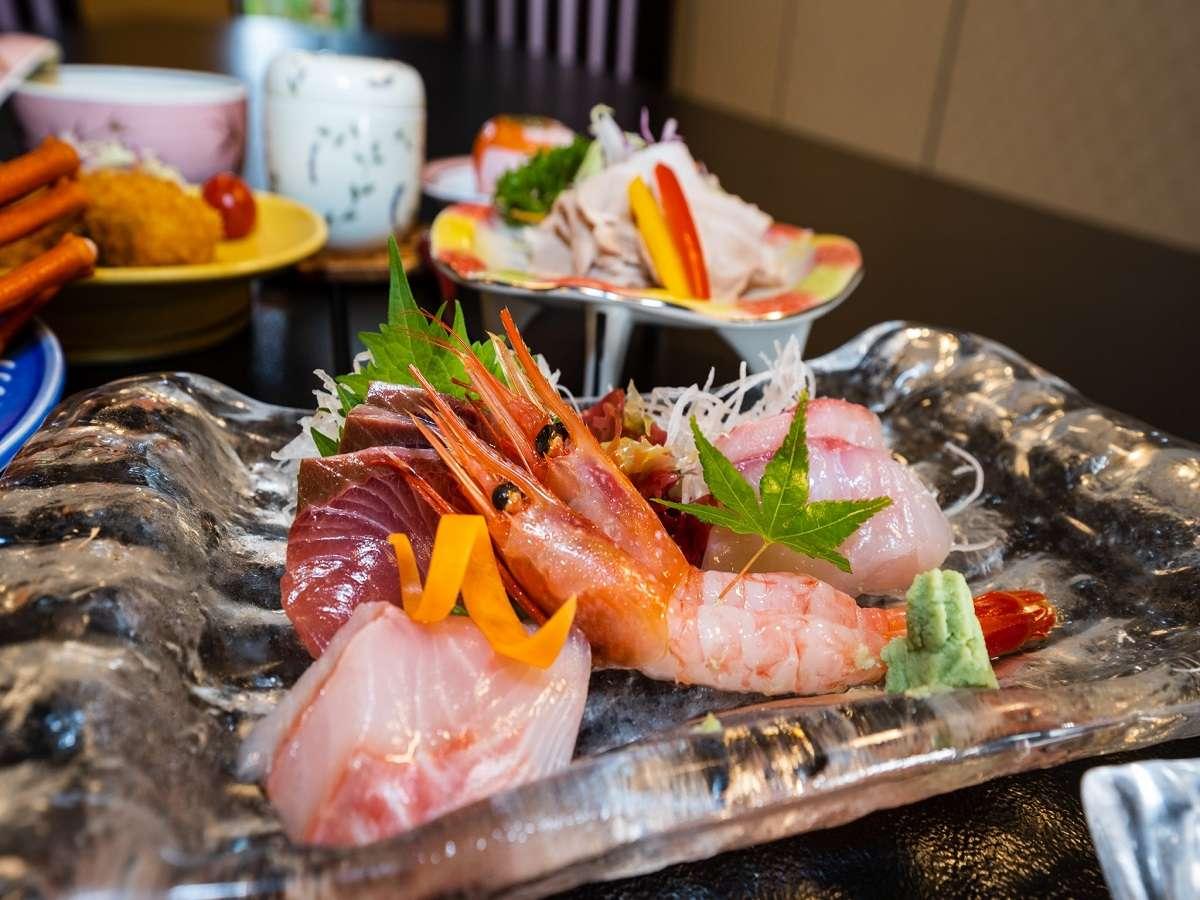 海鮮中心のお食事に舌鼓。新鮮な魚介をご用意してお待ちしております!