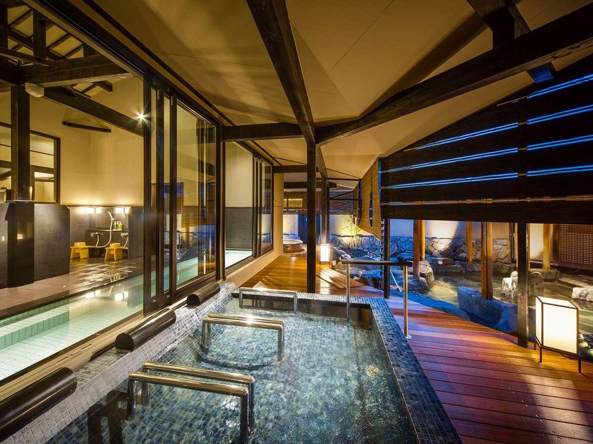 平成26年4月にオープンした、1階「天地の湯」。明るい雰囲気です。