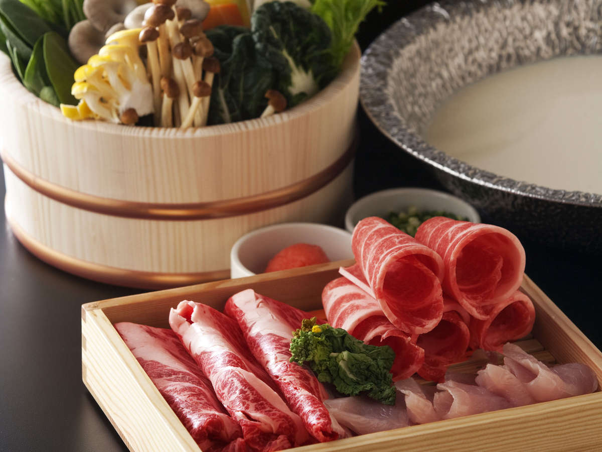 栃木のブランド肉を贅沢に、結坐会席料理でどうぞ。