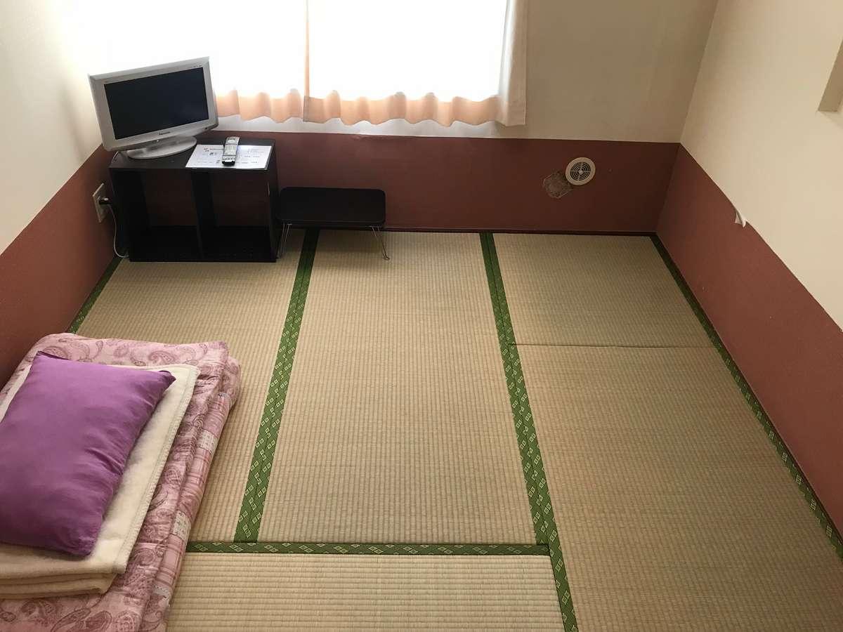 4.5畳のシングルルームです。