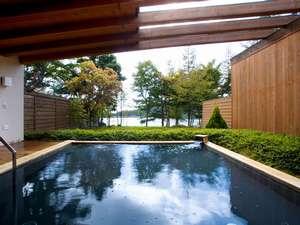 女神湖展望の天然温泉でのんびりゆったり♪