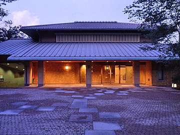 ○半水盧の本館への入り口です。