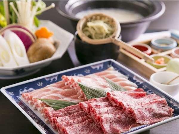【夕食】しゃぶしゃぶ一例熊本県産のお肉を自家製のポン酢と鰹出汁の2種類でお召し上がりいただきます。