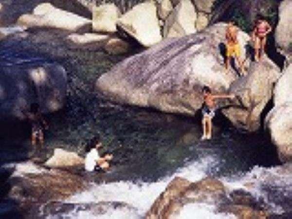 川でおもいっきり遊ぼう♪♪