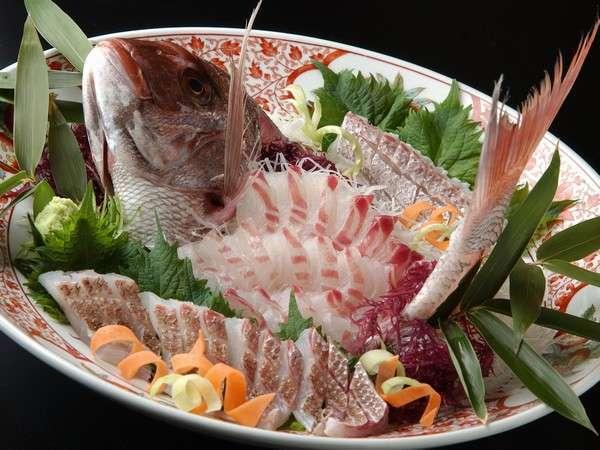 「旬」の天然素材と日間賀島名物たこを使った海鮮料理