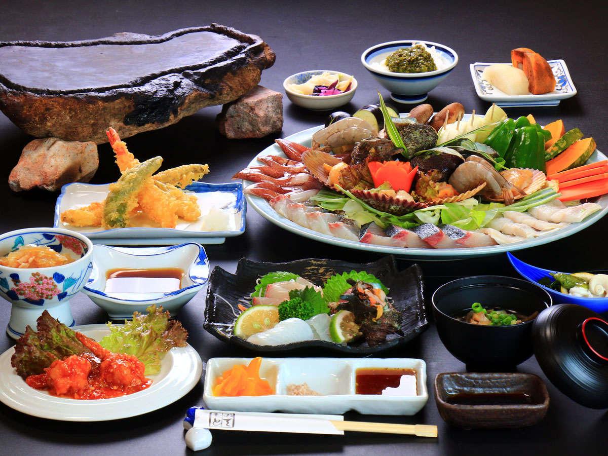 <石焼料理コース一例>旬の海鮮をメインに、対馬の味をお楽しみいただけます。