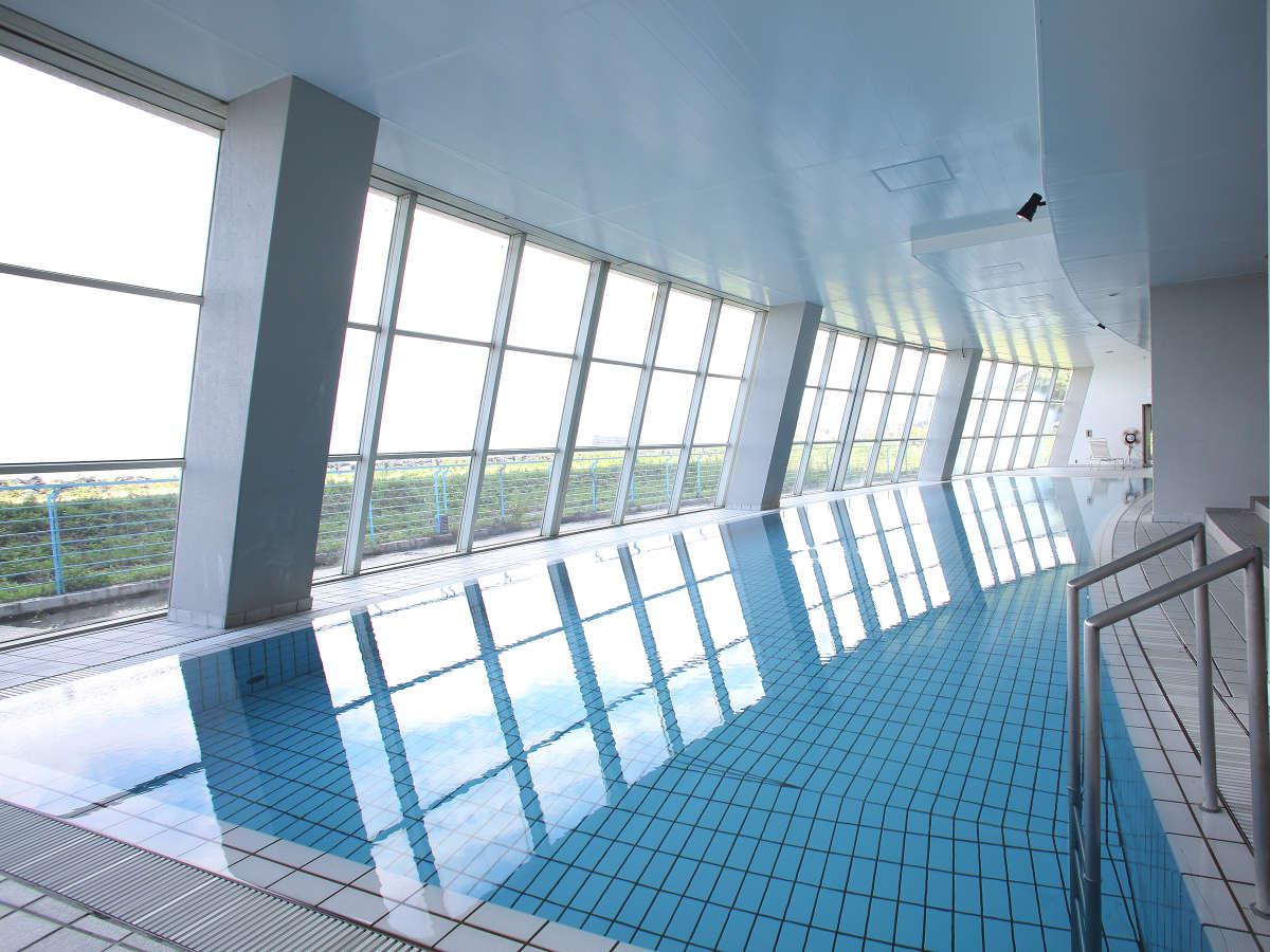 【7/17~8/29】館内プールはご宿泊者無料でご利用できます。