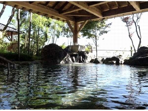 ハツカ石温泉【大浴場・ 露天風呂・打たせ湯・薬湯・塩サウナ・冷水浴など多種湯殿