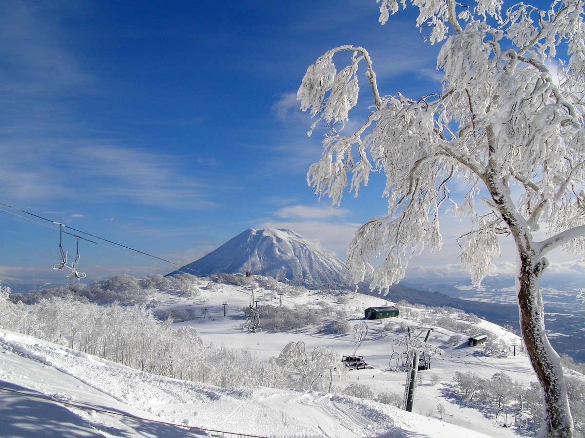 【アンヌプリ国際スキー場】 羊蹄山を眺めつつ滑り降りる贅沢!ホテルの横がゲレンデなんて贅沢♪