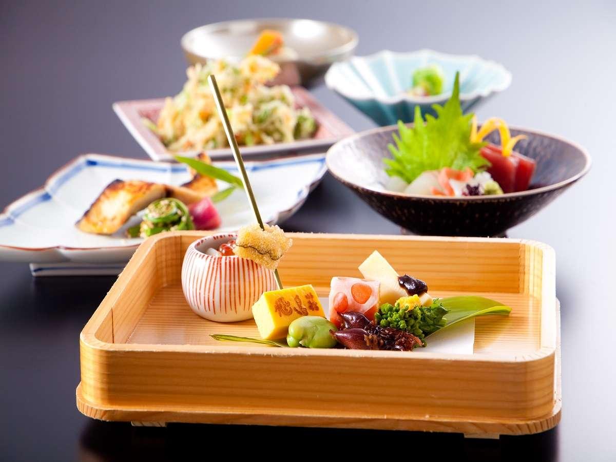 料理長の感覚と技が生み出す四季折々の味をご満喫ください(一例)