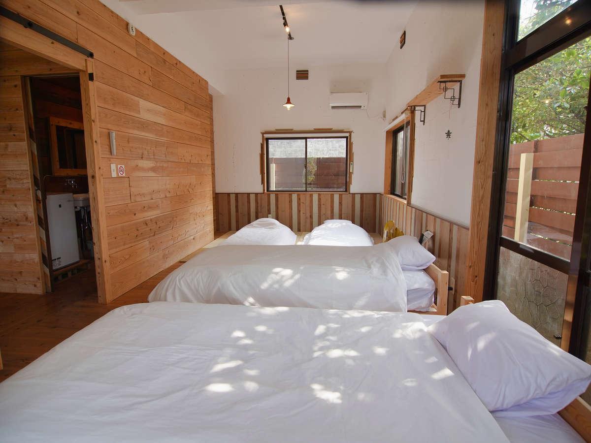 和洋室の寝室