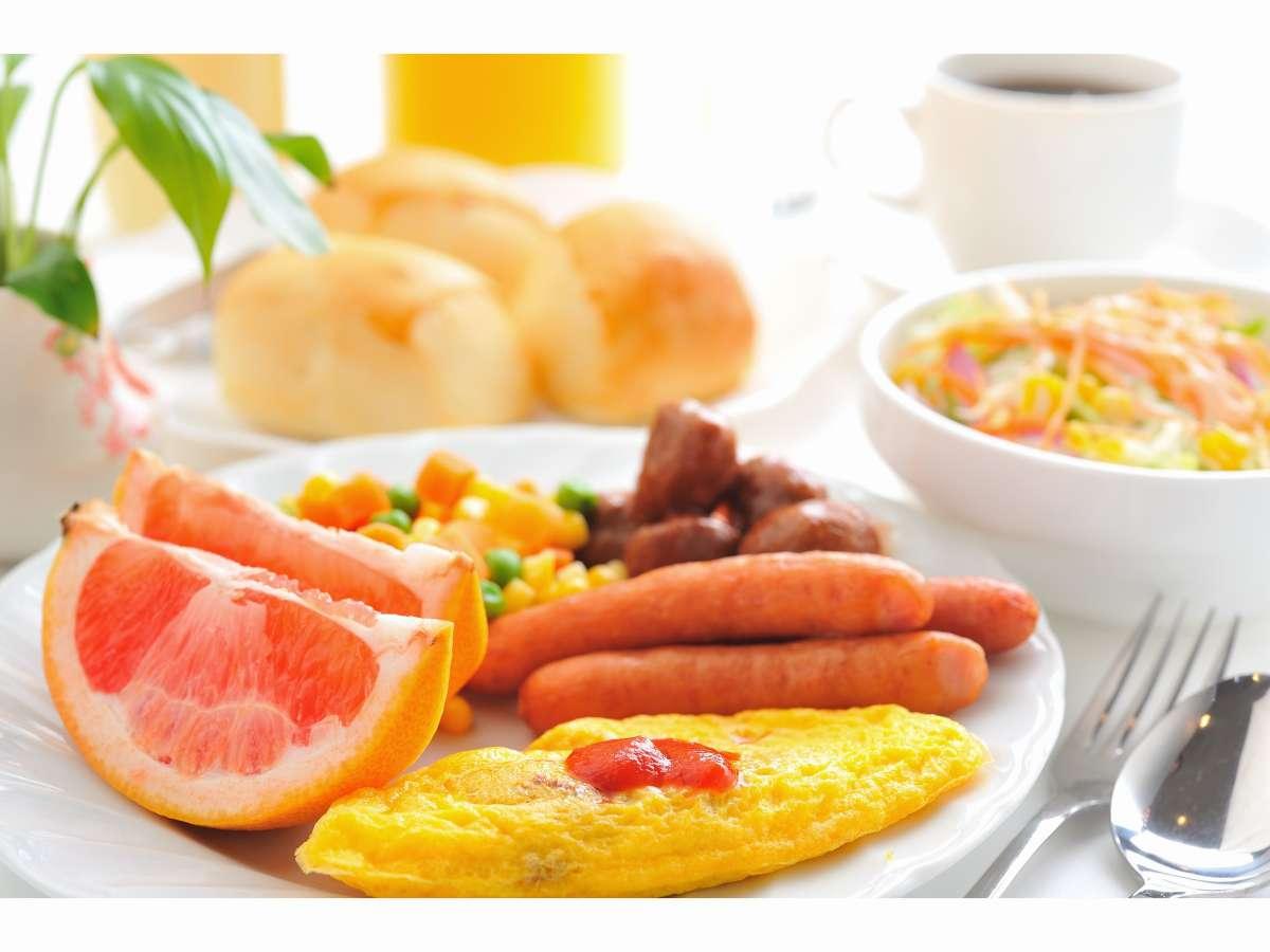 バイキング朝食(6:30~8:30)和・洋どちらでも、お好きな方を、お好きなだけ・・・