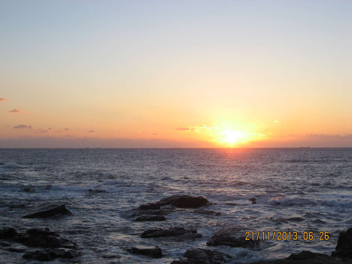 コロナに負けず海を眺めて潮風を吸いに来ませんか。