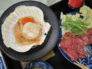 倉石牛しゃぶしゃぶと、ホタテ貝焼き。青森の美味しさが◎!
