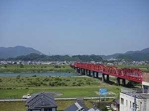 四万十市のシンボル赤鉄橋