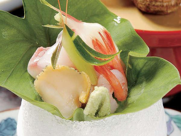 *新鮮な海の幸を盛り込んだお刺身一例/料理一例