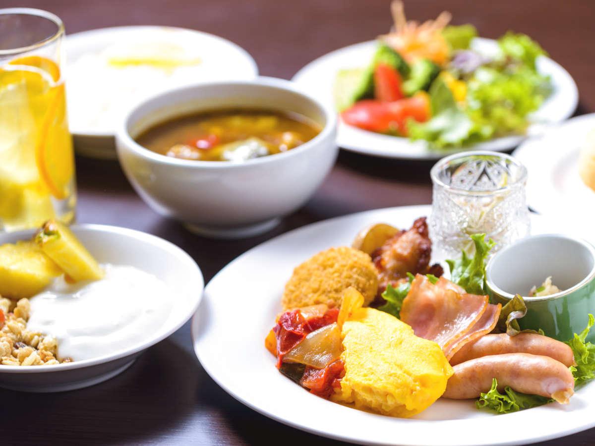 スープカレーやジンギスカンなど北海道の魅力たっぷりの朝食♪