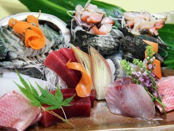 アワビ入り天然地魚のお造り盛り合わせイメージ