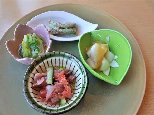 山菜づくし 料理イメージ