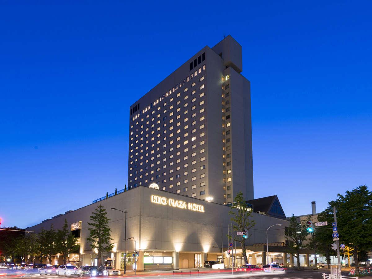 ホテル外観イメージ(夜)