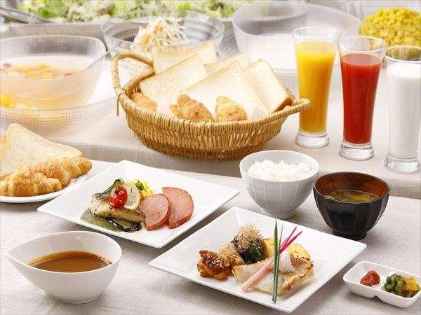 朝食バイキング 6:00~9:00。☆スタッフの愛情入り手作り☆