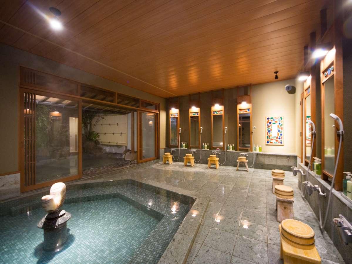 【入替制浴場】露天風呂と内湯は自由に行き来が可能♪どちらもお楽しみください。