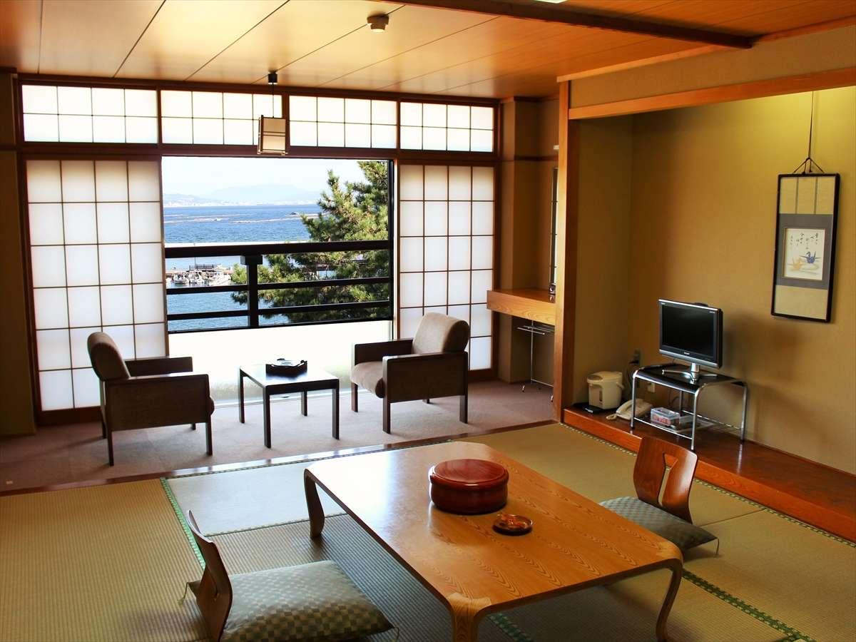 Kasuga Ryokan Hotel - room photo 8576111