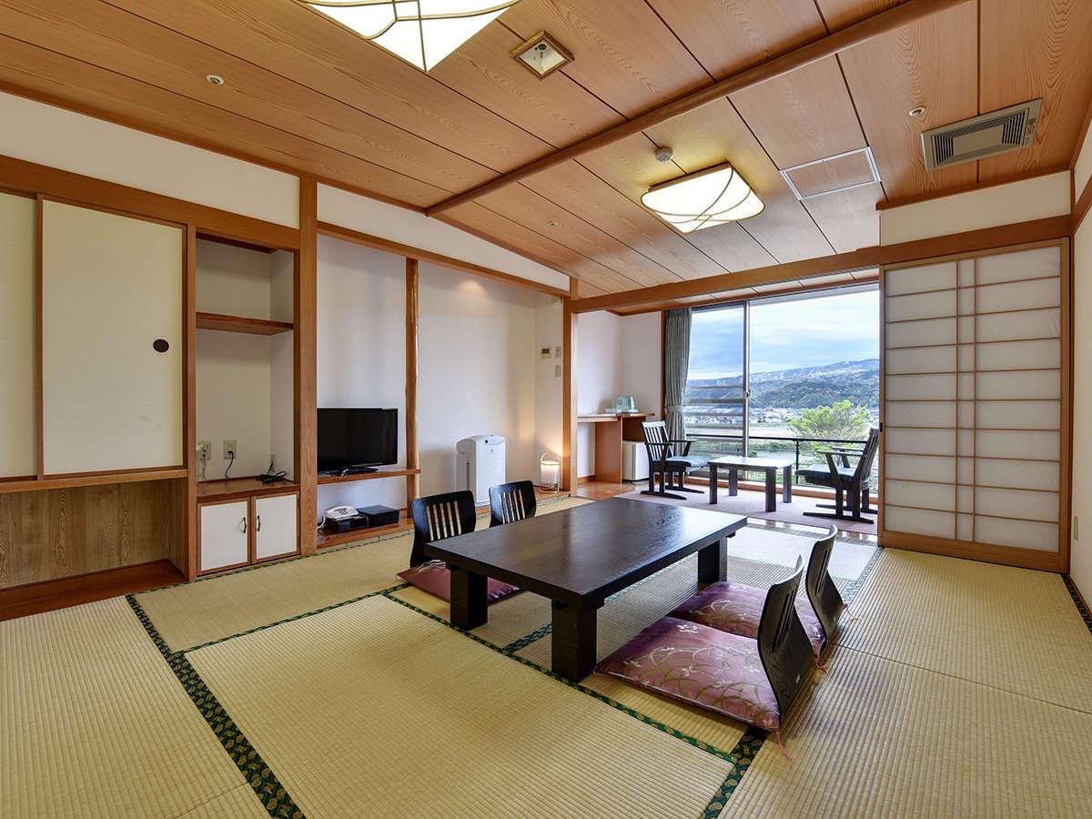 *客室一例:和室10畳/当館スタンダードのお部屋タイプ。2016年改装で新しく快適!
