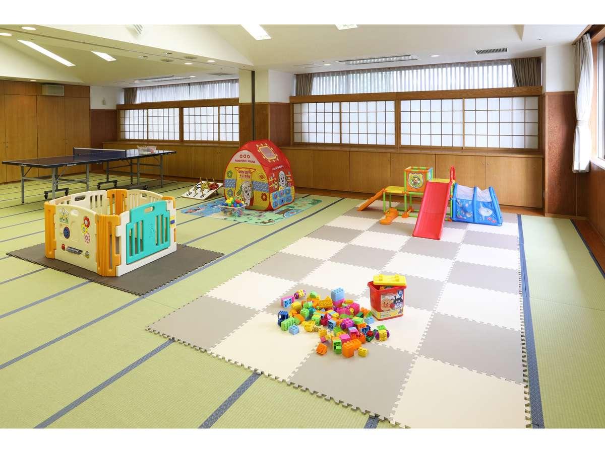 夏休み限定 小さなお子様用にキッズルームがございます 早めに来てここで遊ぶのもおすすめです